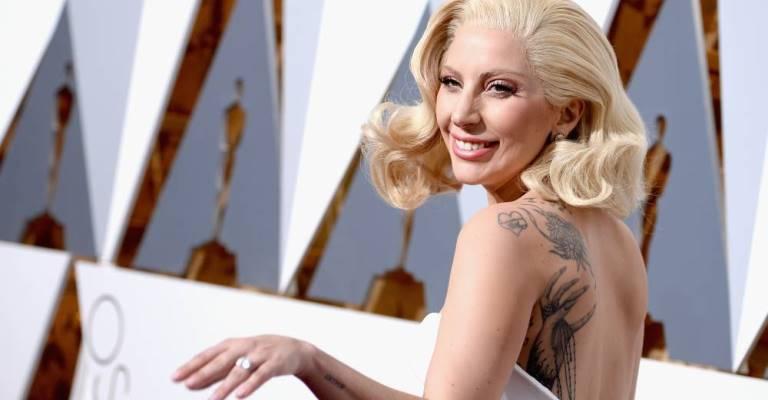 Lady Gaga adia 18 shows de sua turnê na Europa