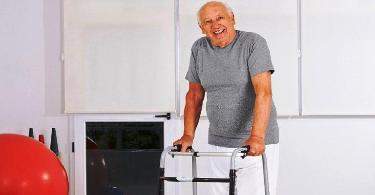 Google apoia pesquisa para evitar quedas de idosos