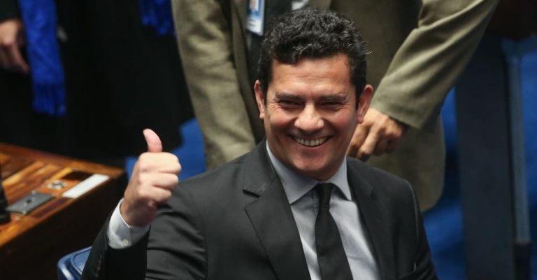Bolsonaro confirma Moro para o Ministério da Justiça