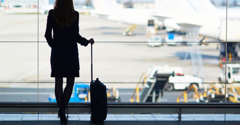 Mulheres lideram compras de passagens aéreas no Brasil