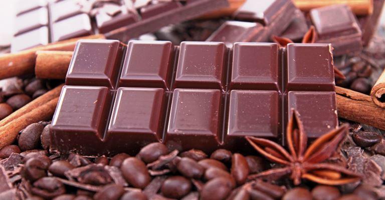 Comer mais chocolate no frio faz bem para a saúde
