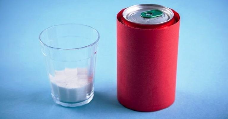 Indústria pretende reduzir açúcar de refrigerantes