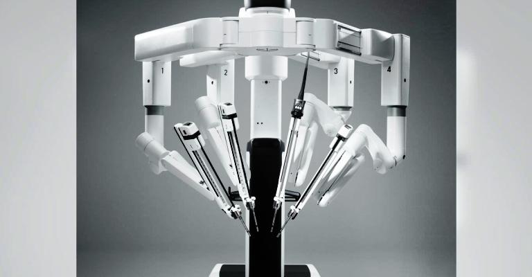 Robô diminui tempo dos pacientes no hospital