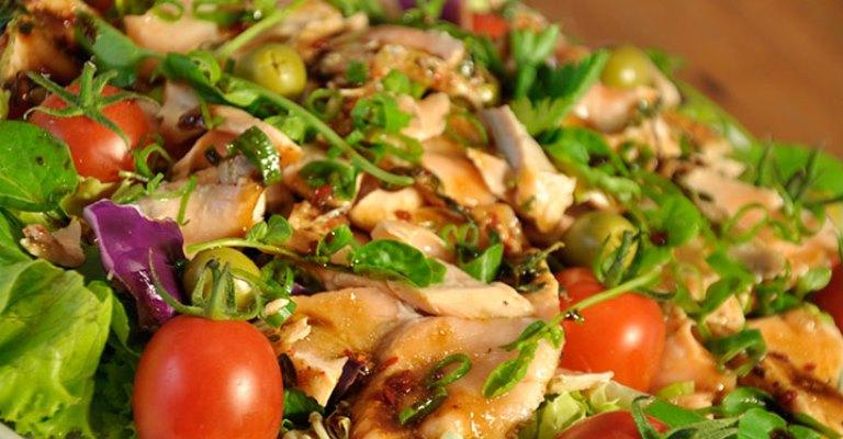 Resultado de imagem para Editora Alaúde, Quase Vegetariano