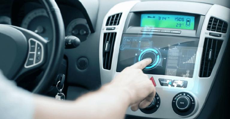 Veículos conectados: você sabe quem controla o seu carro?