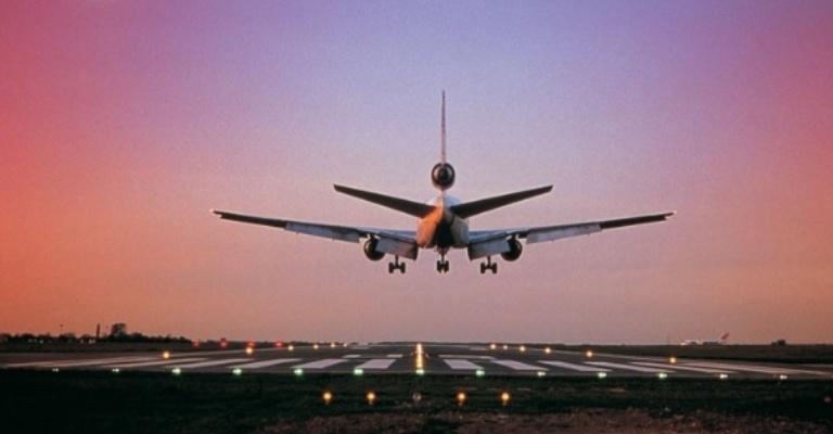 Viagens aéreas dentro do país têm queda de 12,2%