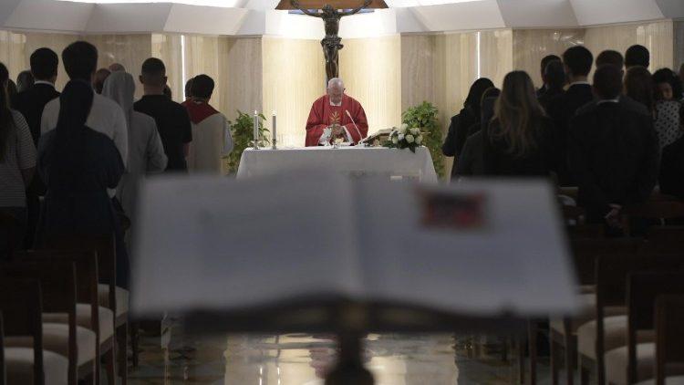 A misericórdia é o caminho para o coração de Deus, diz Papa