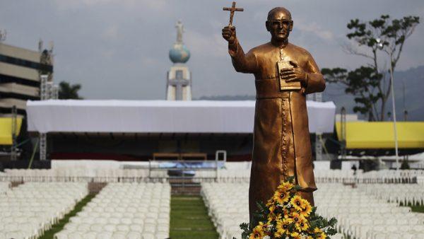 Em encontro com peregrinos, Papa fala sobre Santo Oscar Romero