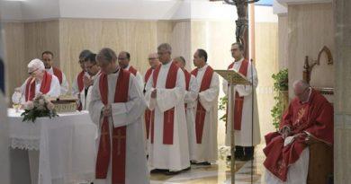 Papa em homilia: o bispo é um servidor, não um príncipe