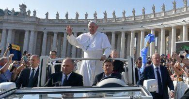 Papa: projetos humanos falham, somente a força de Deus permanece