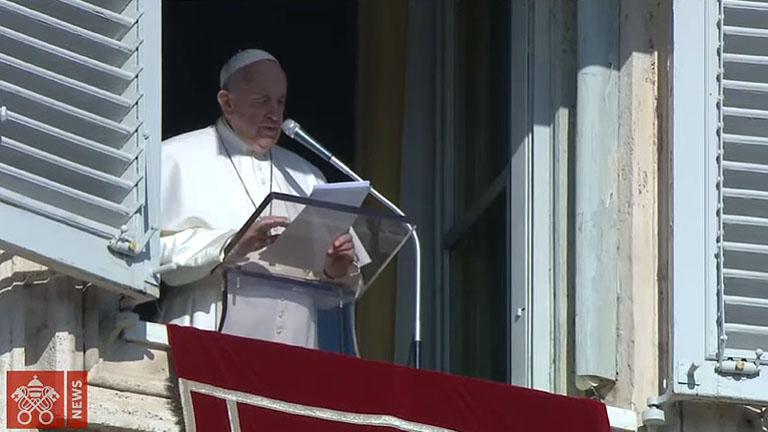 Na festa do Batismo de Jesus redescobrimos nosso Batismo, diz Papa