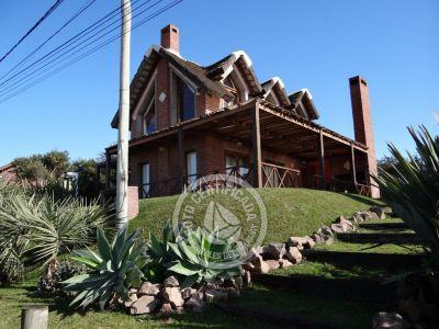 Casa Muelles del Diablo Punta del Diablo