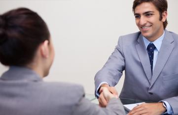 Como contratar o melhor vendedor para a sua empresa