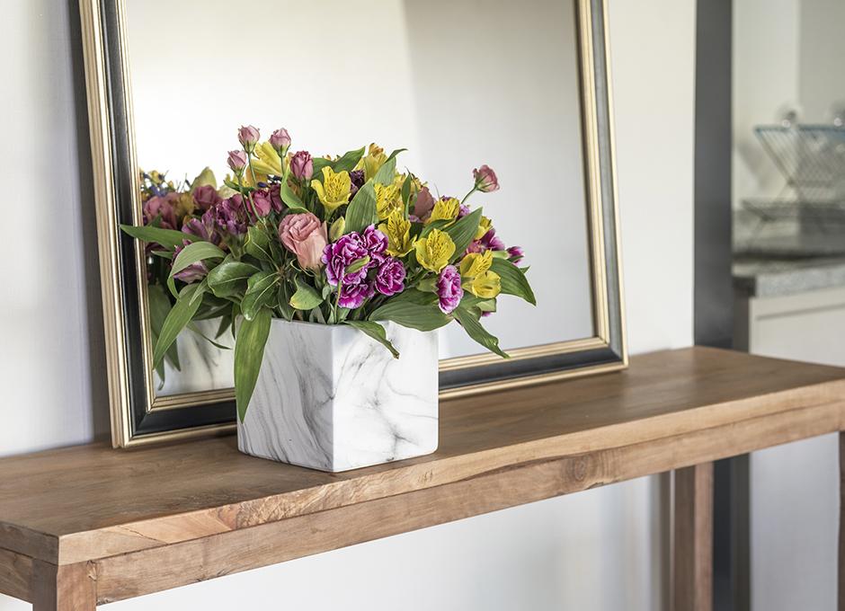 Flores y espejo