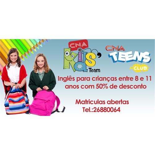 Exemplo de Outdoor do designer Andresa para Divulgaçao curso teens e kids