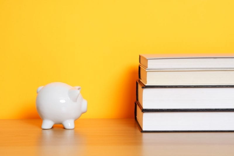 Ser Jóvenes y Contar Con un Minicrédito es Posible
