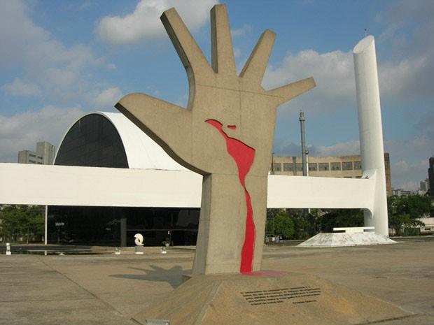 oscar-niemeyer-memorial-da-america-latina