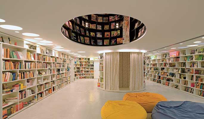 famosos-arquitetos-brasileiros-Isay-Weinfeld-livraria-da-vila