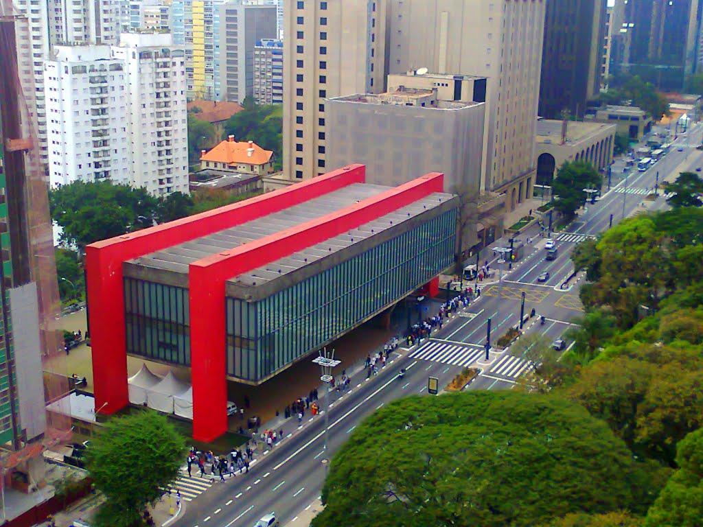 famosos-arquitetos-brasileiros-lina-bo-bardi-masp