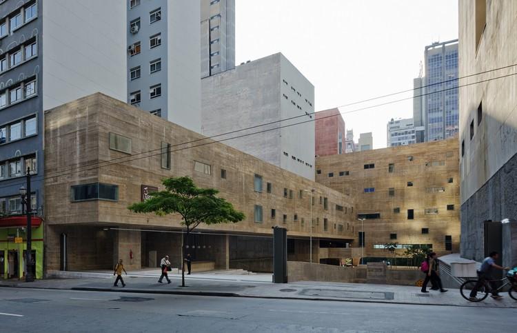 grandes-projetos-arquitetonicos-praca-das-artes
