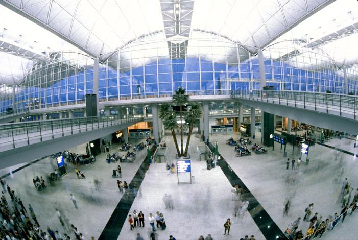 norman-foster-Aeroporto-Internacional-de-Hong-Kong
