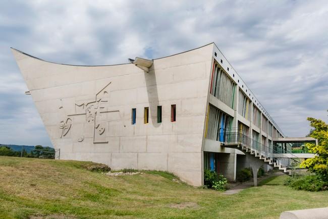 le-corbusier-Maison-de-la-Culture