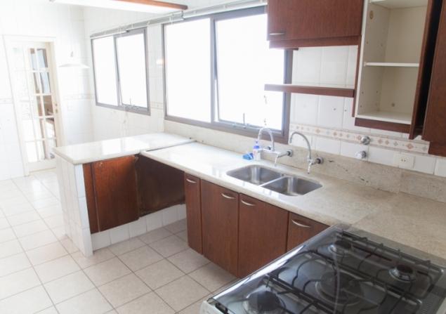 Apartamento Vila Andrade direto com proprietário - Paulo - 635x447_1370379574-IMG_1529.jpg