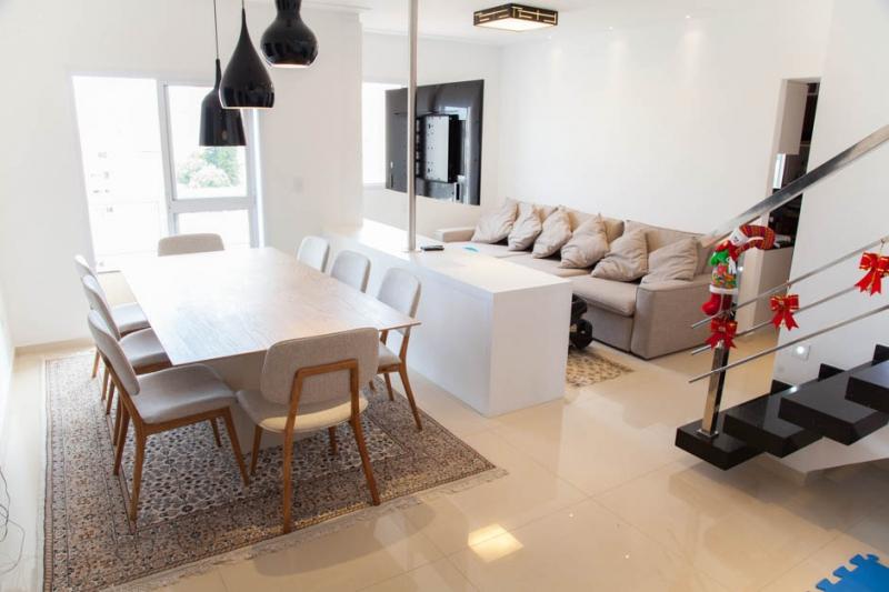 Cobertura à venda com 3 quartos e 180m² em Santa Maria por R$1.100.000