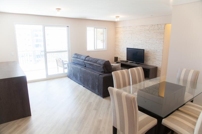 Apartamento à venda com 2 quartos e 92m² em Parque Reboucas por R$590.000