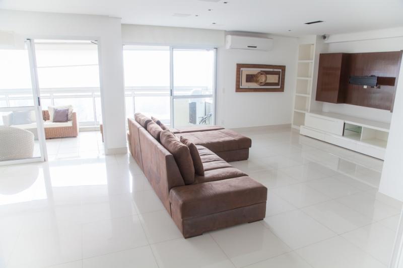 Apartamento à venda com 4 quartos e 177m² em Vila Andrade por R$1.320.000