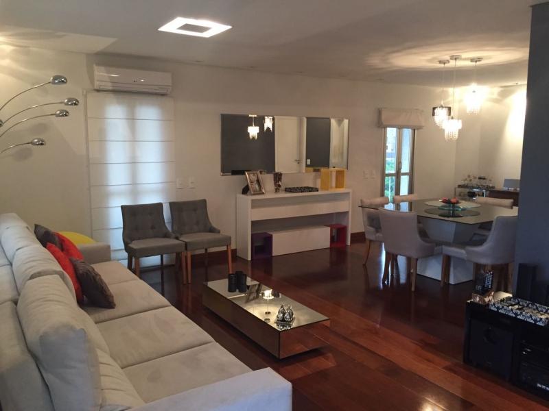 Apartamento à venda com 3 quartos e 156m² em Jardim Londrina por R$800.000