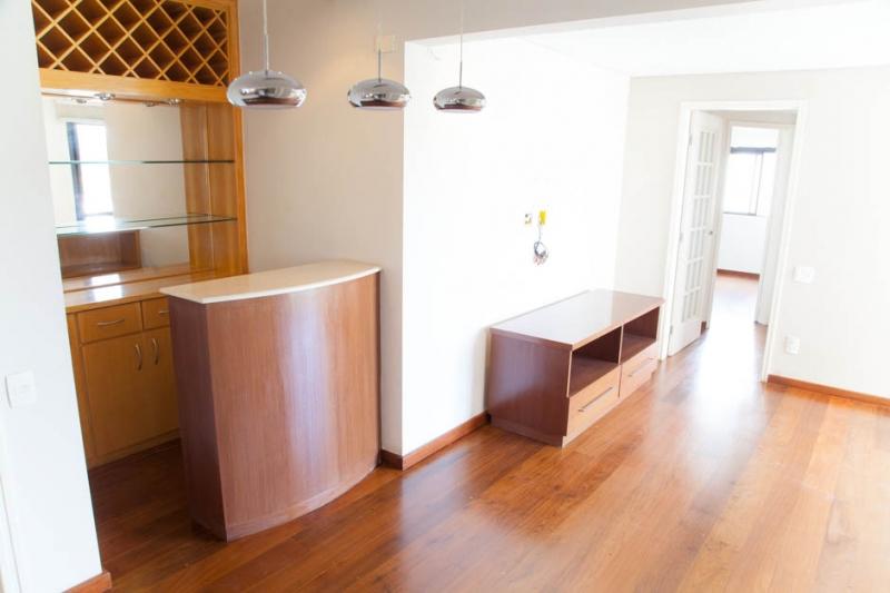 Apartamento à venda com 2 quartos e 70m² em Brooklin por R$650.000