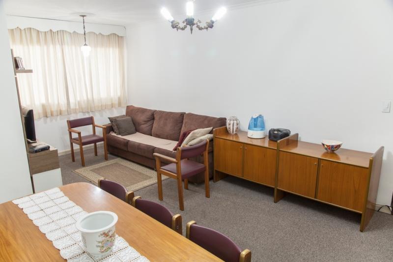 Apartamento à venda com 3 quartos e 93m² em Vila Gomes Cardim por R$490.000