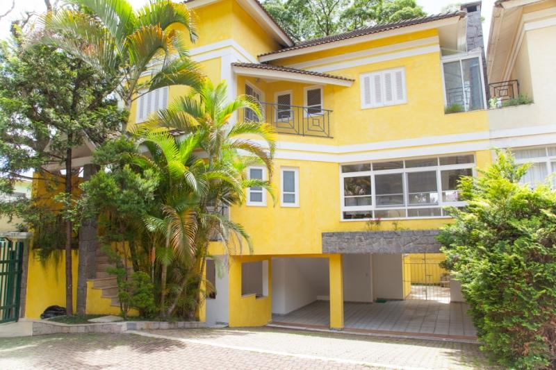 Casa à venda com 4 quartos e 460m² em Santo Amaro por R$3.000.000
