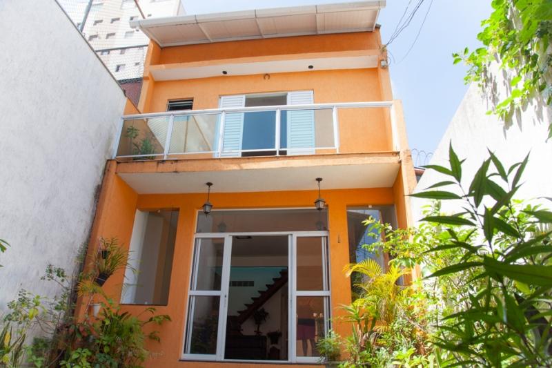Sobrado à venda com 4 quartos e 200m² em Vila Alexandria por R$1.300.000