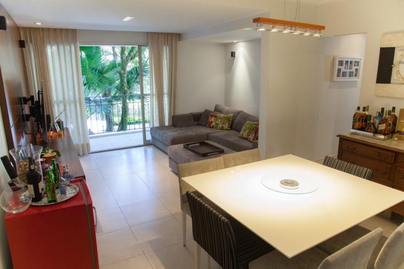 Apartamento à venda com 2 quartos e 80m² em Real Parque por R$550.000