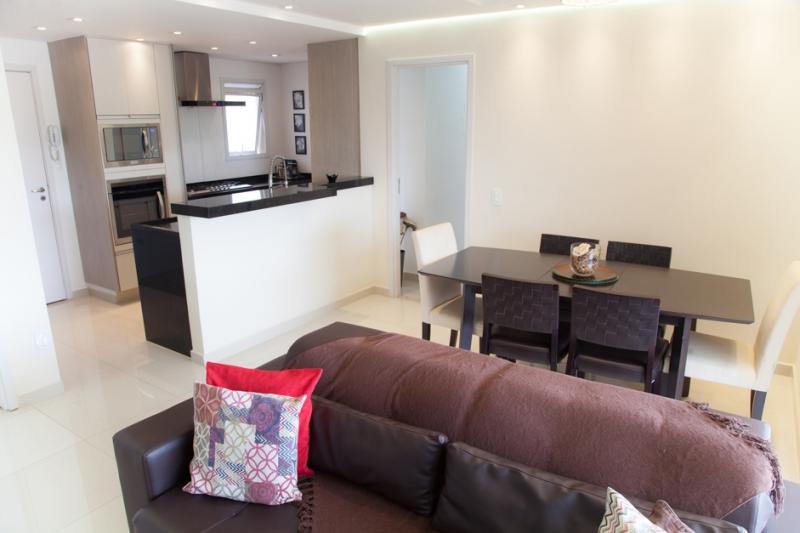 Apartamento à venda com 3 quartos e 95m² em Vila Gomes por R$739.000