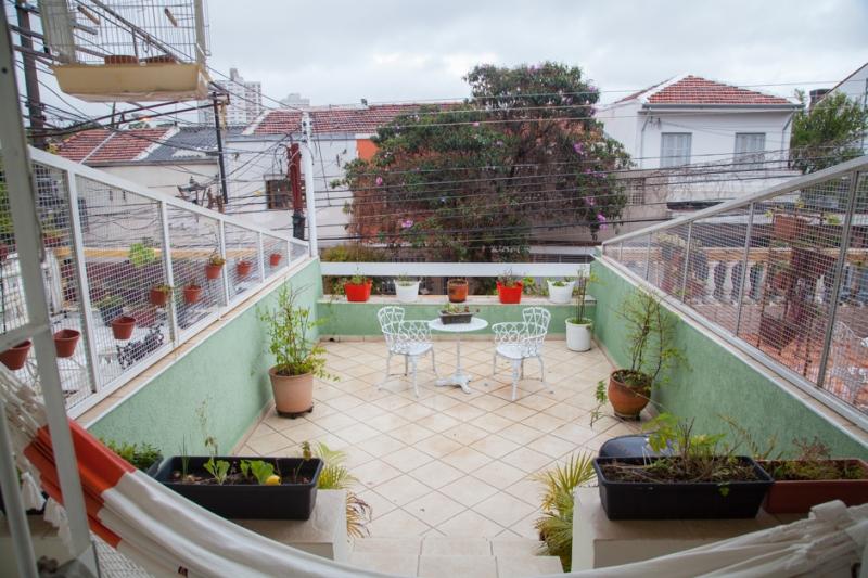 Casa à venda com 3 quartos e 220m² em Mirandópolis por R$770.000