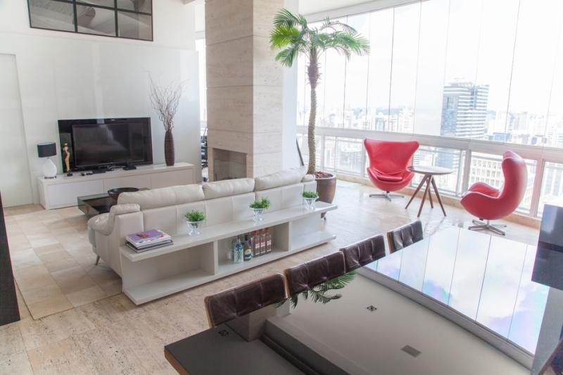Apartamento à venda com 1 quartos e 108m² em Cidade Monções por R$1.499.000