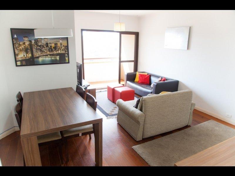 Apartamento à venda com 3 quartos e 100m² em Itaim Bibi por R$800.000