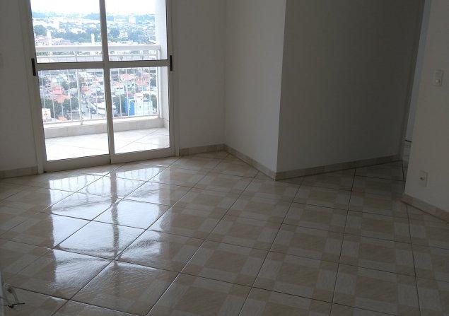 Apartamento Piraporinha direto com proprietário - Valdirene - 635x447_1362021880-5-vista-da-sala-e-sacada.jpg