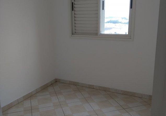 Apartamento Piraporinha direto com proprietário - Valdirene - 635x447_672253286-10-vista-dorm.jpg