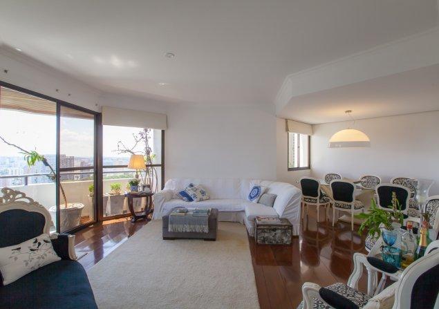 Apartamento à venda em Morumbi por R$860.000