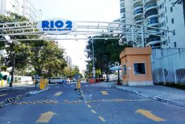 Apartamento à venda Barra da Tijuca, Rio de Janeiro - 902720683-condominio-rio2-entrada-da-rua.jpg