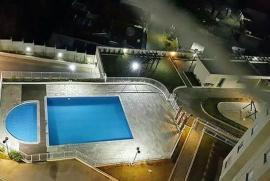 Apartamento à venda Chácara das Nações , Valinhos - 571962625-piscina-noite.jpg