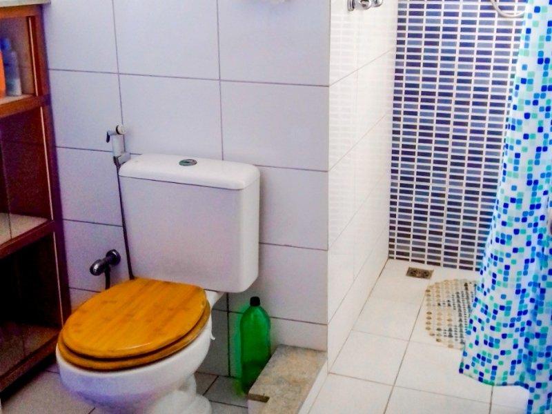 800x600_1502539987-banheiro-suite-2.jpg