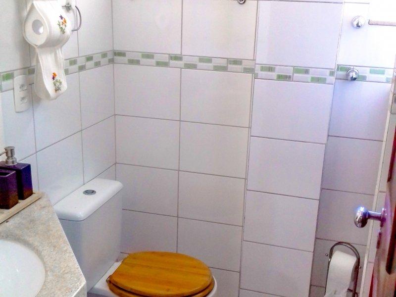 800x600_456857467-banheiro-social-1.jpg