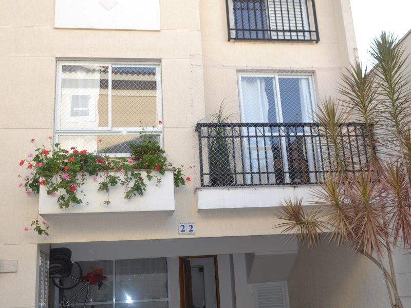 800x600_1708135371-vista-frontal-garagem.JPG