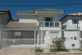 Sobrado à venda Morada da Colina, Resende - 1370201126-1-foto-casa-frente.jpg