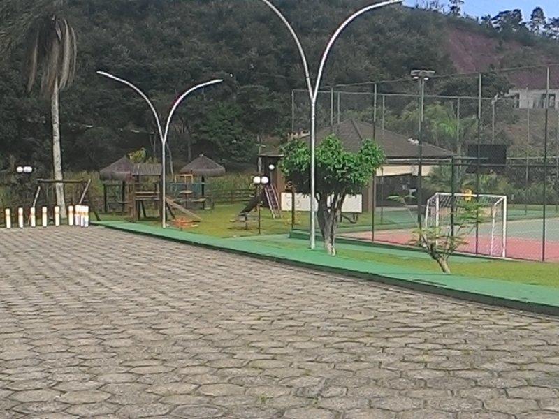 800x600_449638887-playground-e-churras.jpg